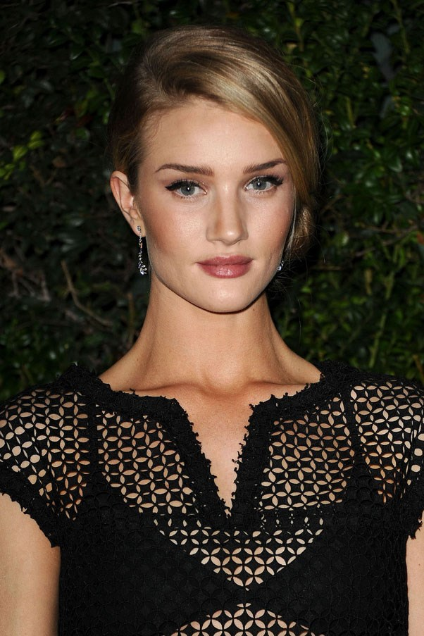 "<strong>Rosie Huntington-Whiteley</strong> <br><br> ""James Read's tanning sleep mask is the best facial tanning product I have ever used, I can't stop using it. It gives me extra body confidence, for my shoots and on the catwalk"". <br><br> <a href=""http://mecca.com.au/james-read-tan/sleep-mask-tan-body/I-021971.html"">James Read Sleep Mask Tan</a>, AUD $83"
