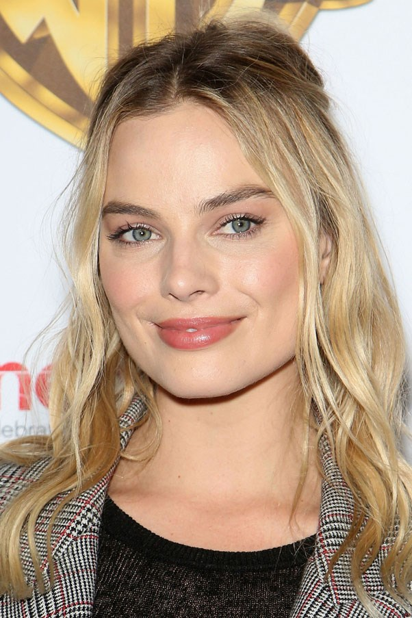"<strong>Margot Robbie</strong> <br><br> ""Our family friends have this skincare line called Qi Beauty, and when I'm on the Gold Coast, I always get a Qi facial. It's very different to anything you'll find in the UK and, I don't know, it just makes me all glowy and nice."" <br><br> <em><a href=""http://qibeauty.com.au/"">Qi Beauty Facial Treatment</a>, from AUD $58</em>"