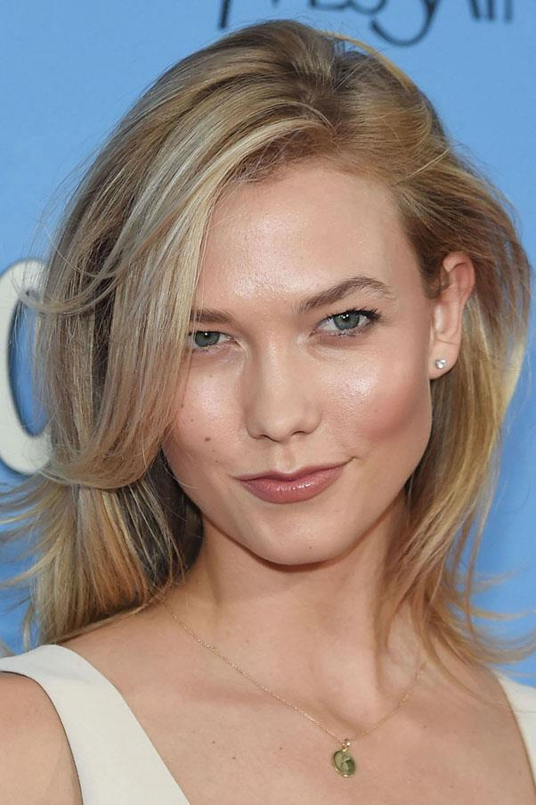 "<strong>Karlie Kloss</strong> <br><br> ""I like taking a basic cream and mixing in a drop of the Decléor neroli serum. Especially in the winter, my skin gets really dry so I do whatever I can to moisturise."" <br><br> <em><a href=""http://www.facialco.com.au/decleor-aromessence-iris-rejuvenating-serum.html?gclid=Cj0KEQjwosK4BRCYhsngx4_SybcBEiQAowaCJUr_-BqPiGVxeuEUJkDzwC-j3392fN5KMRCaoiiauccaAm5s8P8HAQ"">Decléor Aromessence Neroli Oil Serum</a>, AUD $80</em>"