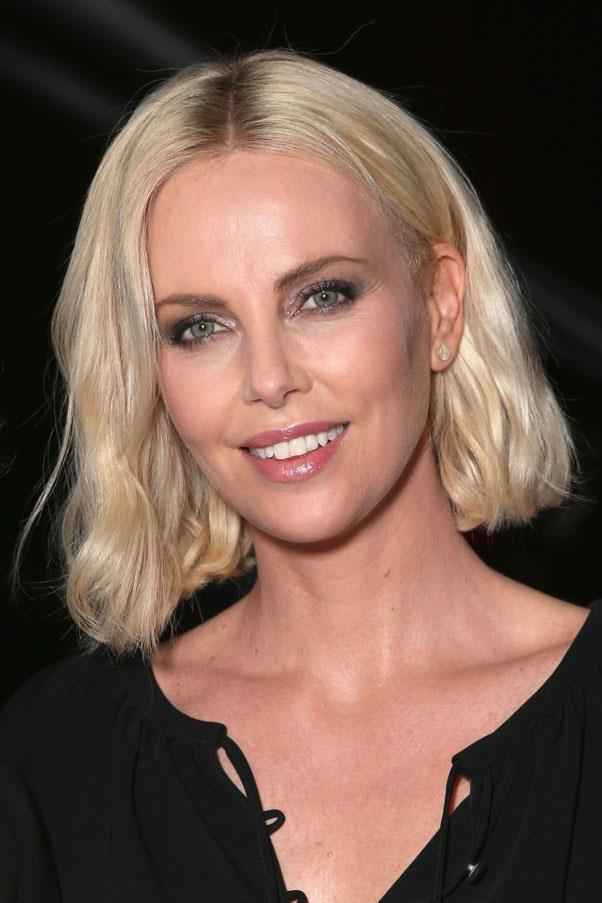 "<strong>Charlize Theron</strong> <br><br> ""If it's winter, or if I'm visiting a place that has a dry climate, this is all I use. It's the only thing that keeps my skin moisturised"". <br><br> <em><a href=""http://www.selfridges.com/AU/en/cat/creme-de-la-mer-moisturising-cream-30ml_305-1000298-332802/?_$ja=tsid:32619