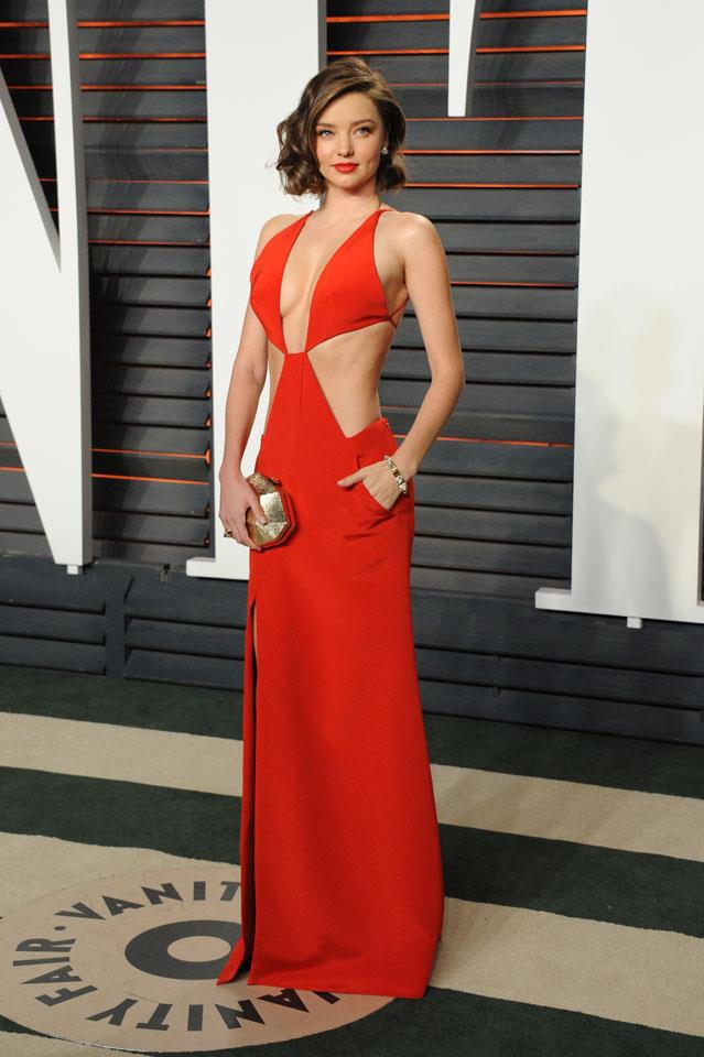 <strong>February 28, 2016</strong><br><br> A spliced Kaufmanfranco gown proved a killer choice for the <em>Vanity Fair </em>after party.