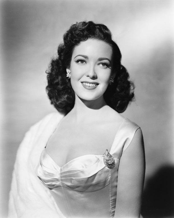 <strong>1949: BRUSHED OUT WAVES</strong> <br><br> Linda Darnell and other famous starlets popularised soft waves without and harsh edges or heavy products.