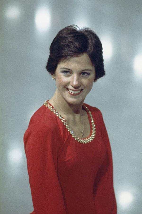 <strong>1976: WEDGE HAIRCUT</strong> <br><br> Designed by Trevor Sorbie — a protégé of Vidal Sassoon himself! — the wedge style featured a triangular silhouette that cut off right around the ears. Olympic figure skater Dorothy Hamill helped popularize the style after winning the gold medal in 1976.