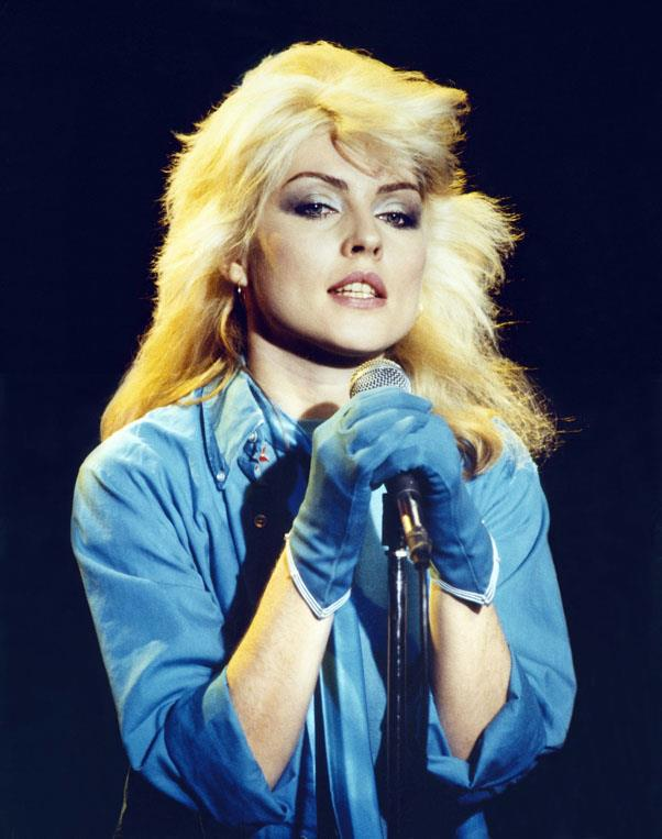 <strong>1977: BLEACH BLONDE</strong> <br><br> Bringing punky hairstyles into the mainstream, Blondie singer Debbie Harry rocked a shaggy, bleached look.