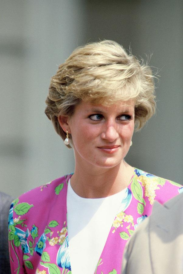 <strong>1990: REGAL SHORT CUT</strong> <br><br> Ever the trendsetter, Princess Diana influenced women of the world to go short with her famous crop created by hairstylist Sam McKnight.