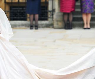 Kate Middleton Wedding Dress Controversy