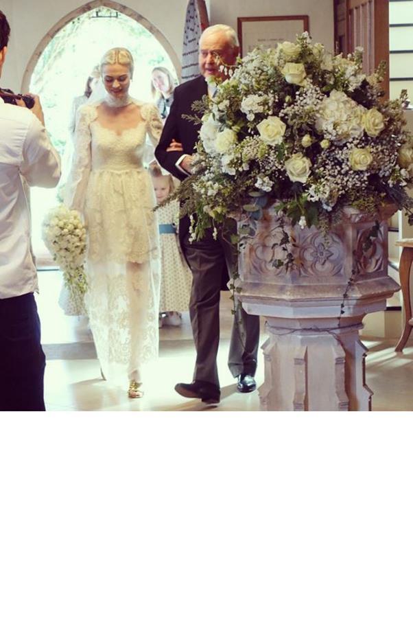 """Here comes the beautiful bride 💒🎉 #pandollie @pandorasykes""<br><br> Instagram: <a href=""https://www.instagram.com/explore/tags/pandollie/"">@pruepeat</a>"