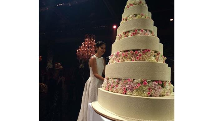 """<strong>Noor Fares and Alexandre Al Khawam</strong> <br><br> <strong>The cake: </strong>The carousel shaped cake was large enough to feed all of the A-list guests, who included Jessica Hart, Mary Katrantzou and style insider Nasiba Adilova. <br><br> <a href=""""https://www.instagram.com/p/346OWzqE4v/"""">@vassichamberlain</a>"""