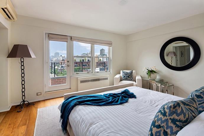 """Julia Roberts, via <a href=""""http://www.6sqft.com/julia-roberts-lists-greenwich-village-apartment-for-4-5m/"""">6sqft</a>."""