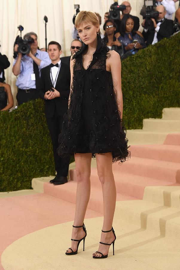 Louise Parker in Chanel