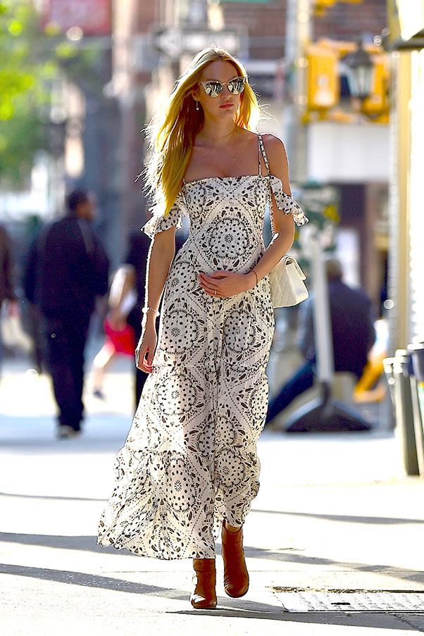 <strong>May, 2016</strong> <br><br> The mum-to-be was the picture of bohemian perfection in this printed maxi dress, which she wore with tan boots and fine jewellery.