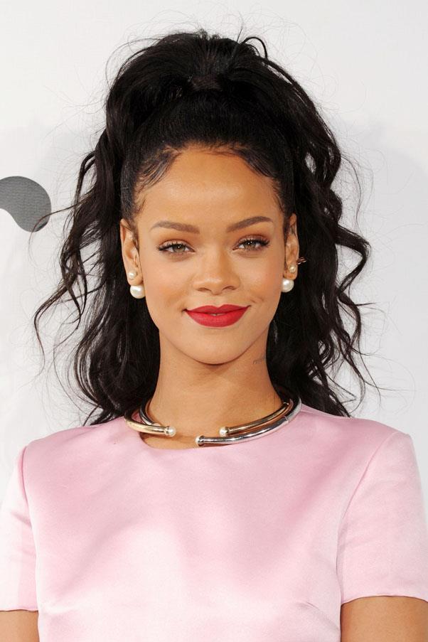 <strong>The Sky High Pony</strong> <br><br> As seen on Rihanna