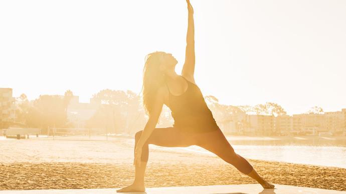 jennifer aniston yoga guru zen