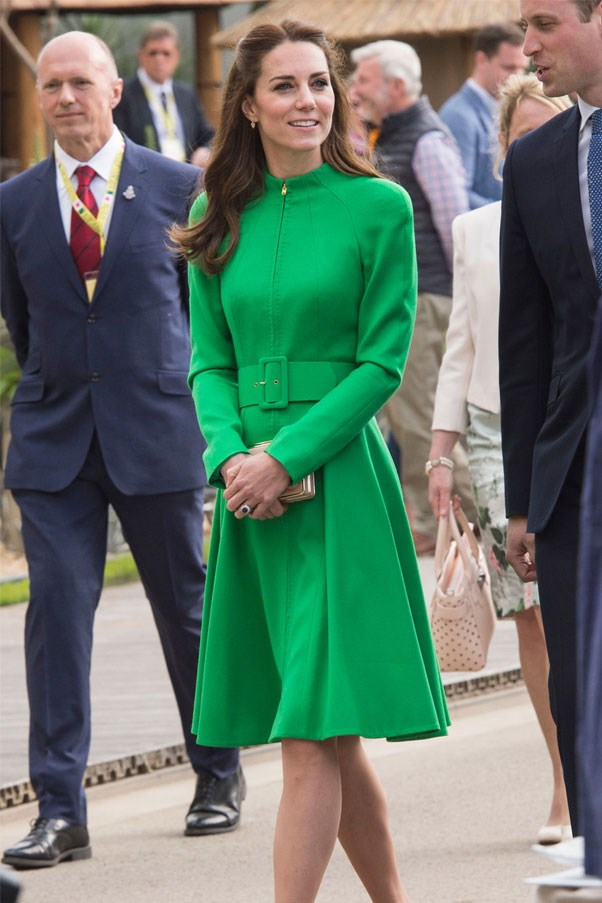 Kate Middleton debuted a bright green coat dress by Catherine Walker & Co with elegant Kiki Mcdonough earrings at the Chelsea Flower Show on the 23rd of May.