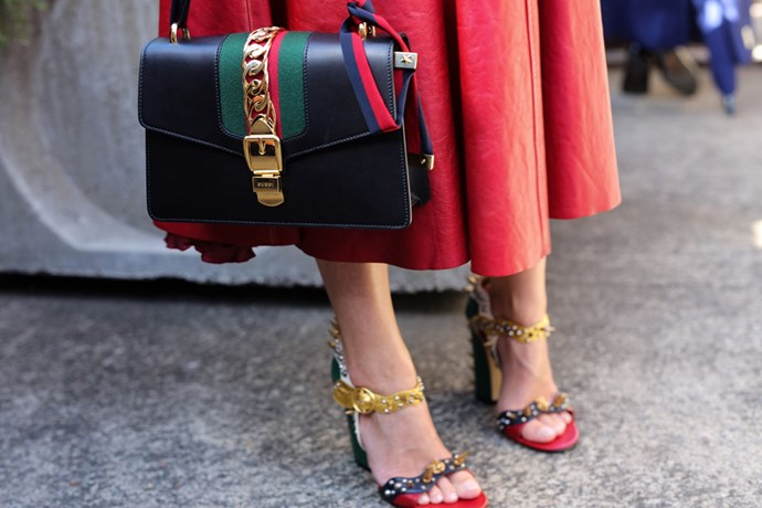 In the market for a new bag? We're zooming in on the best arm candy, as snapped at Australian fashion week. Happy window shopping!