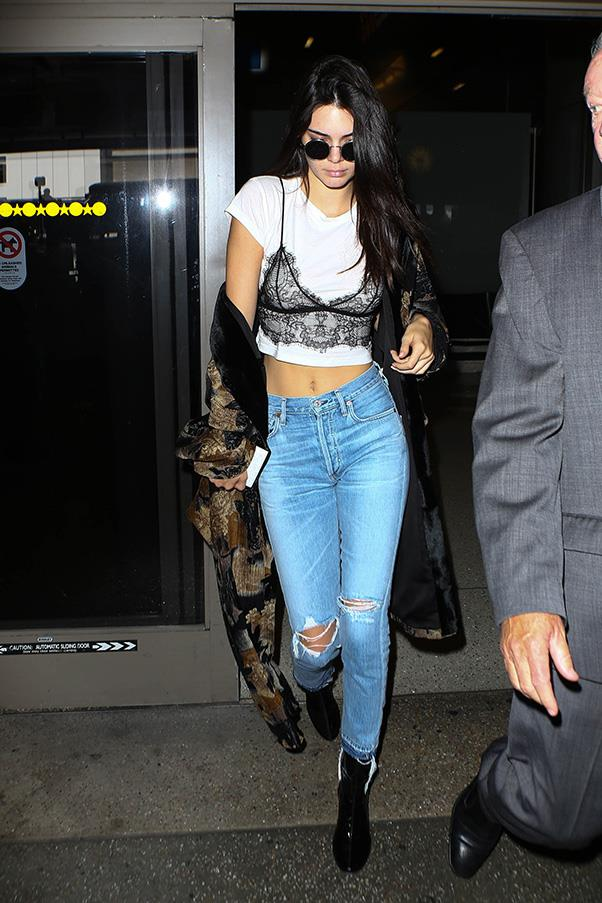 <strong>17. A lace bra</strong> <br><br> Kendall Jenner