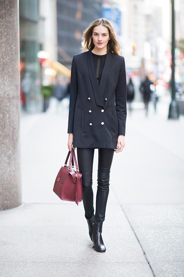<strong>48. A classic blazer</strong> <br><br> Sanne Vloet