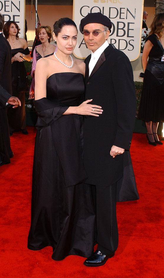 <strong>2002</strong> <br><br> Golden Globe Awards.