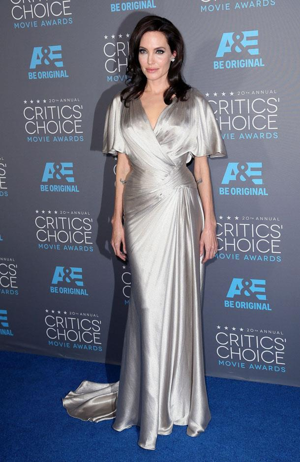 <strong>2014</strong> <br><br> In Atelier Versace at the Critic's Choice Awards.