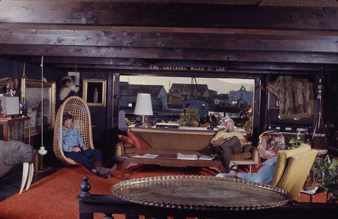 <strong>1971</strong> <br><br> Though many favour dark woods, the embrace of the statement piece is strong in this decade (like that fabulous hanging chair in this Sausalito houseboat).