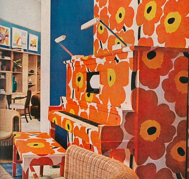 <strong>1973</strong> <br><br> Bold prints, like the classic poppy print by Marimekko, go mainstream.