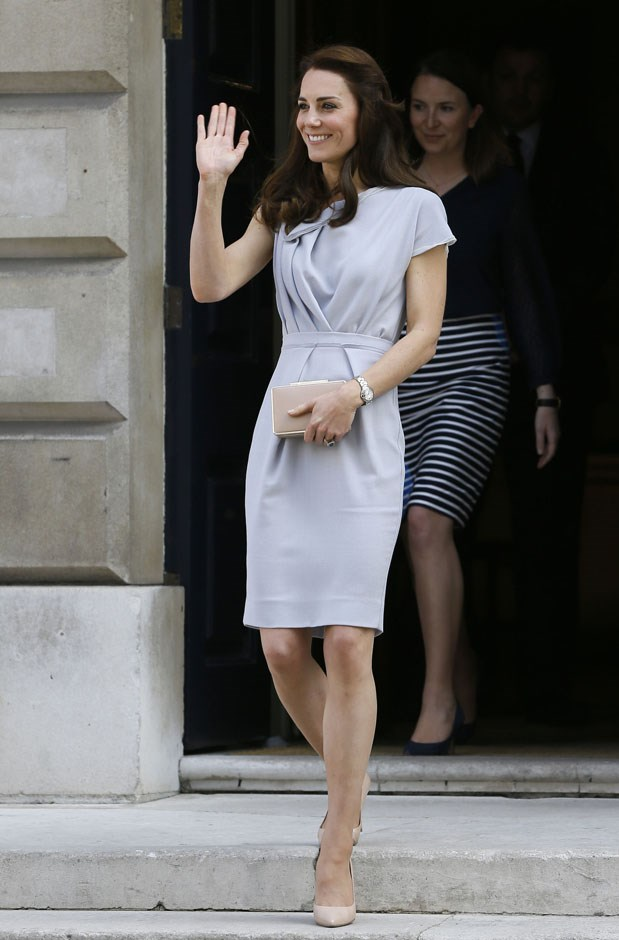 <strong>July 4, 2016</strong> <br><br> She revived the look while at a lunch reception at the Anna Freud Centre, her first engagement as patron of the organisation.