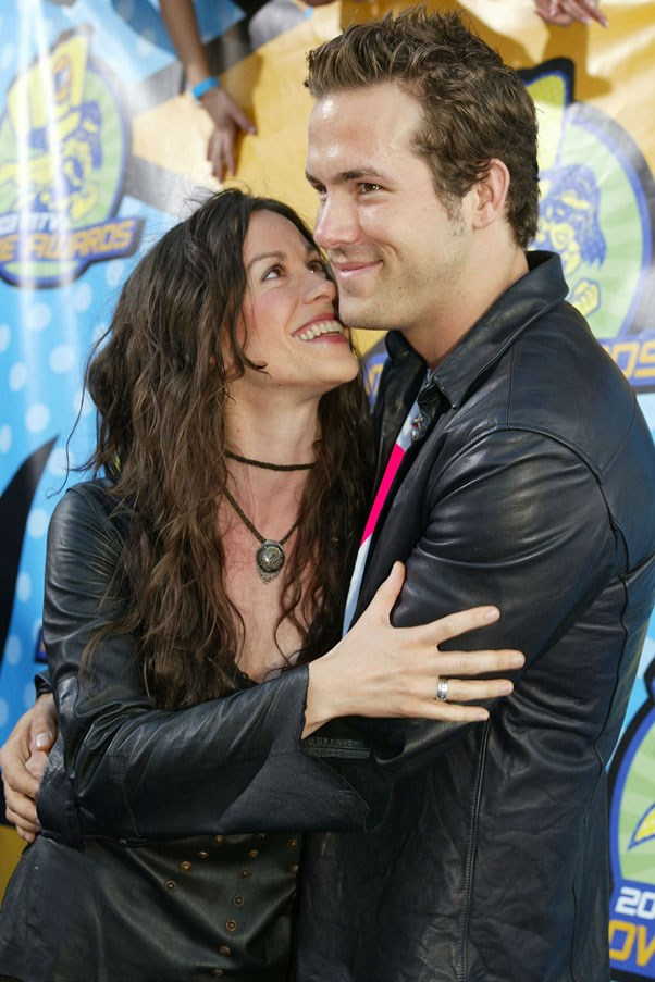 <strong>Alanis Morissette and Ryan Reynolds</strong> <br><br> The very Canadian couple dated for two years before announcing their engagement in 2004. When splitting in 2007, Alanis became the original Taylor Swift and released her breakup album <em>Flavors of Entanglement</em>.