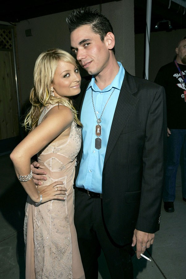 <strong>Nicole Richie and DJ AM</strong> <br><br> Richie has a penchant for musicians. They dated from 2004 to 2006.