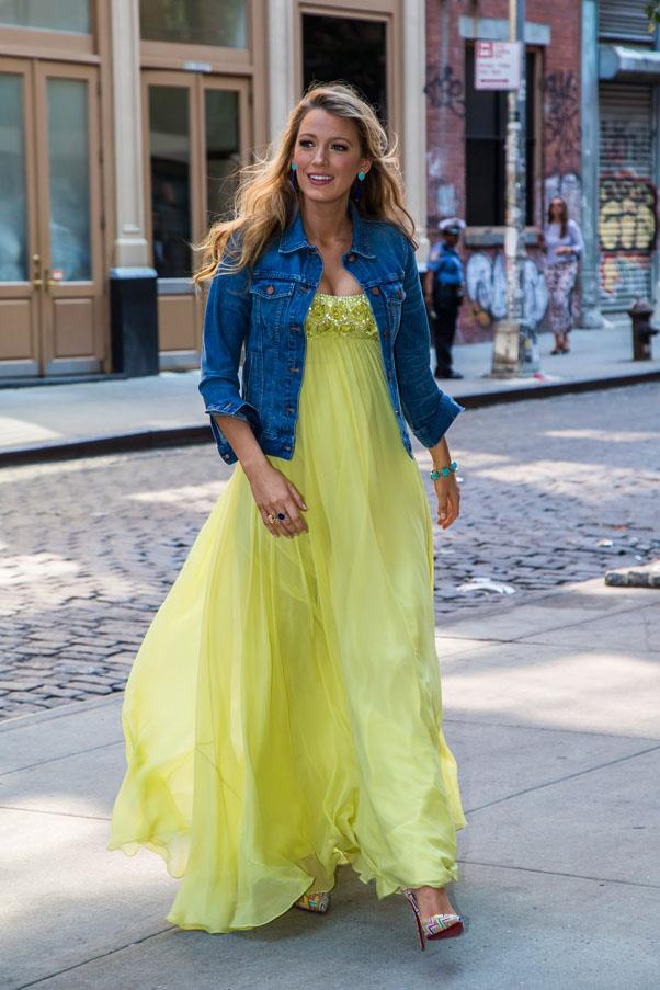 <strong>June 20th, 2016</strong> <br><br> Lively created the perfect day-time ensemble with a denim jacket and bright yellow Jenny Packham while out in New York.