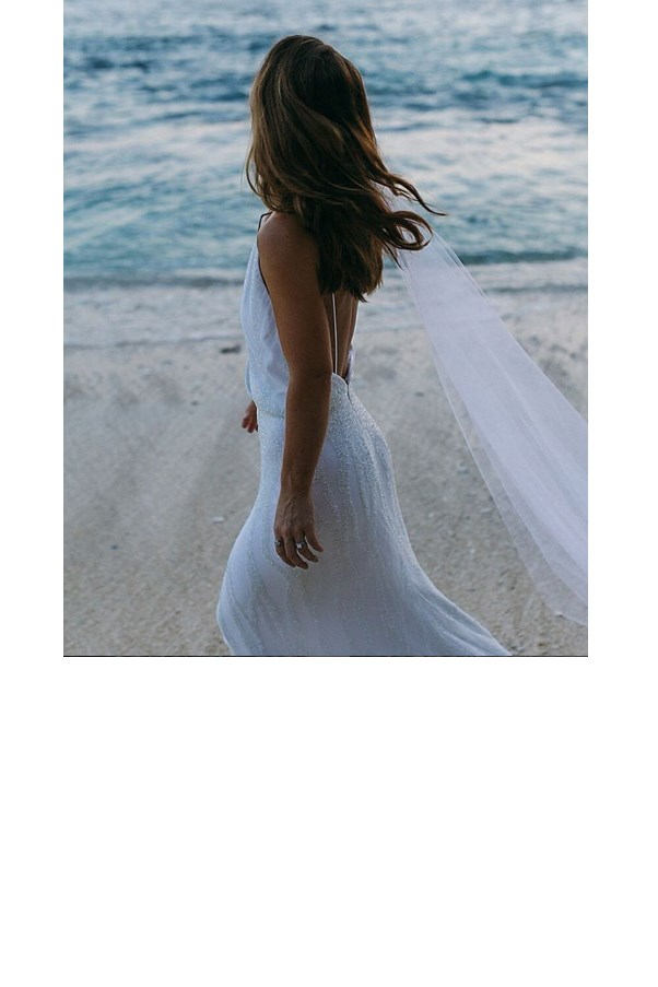 "<strong>One Day Bridal</strong> <br><br> Making their mark on the Australian bridal scene since 2014, One Day Bridal's modern designs are fast becoming a local favourite. <br><br> Instagram: <a href=""https://www.instagram.com/onedaybridal/"">@onedaybridal</a> <br> <br> *Getting married? Join our private group, [**The Bridal Directory**](https://www.facebook.com/groups/354270651754141/