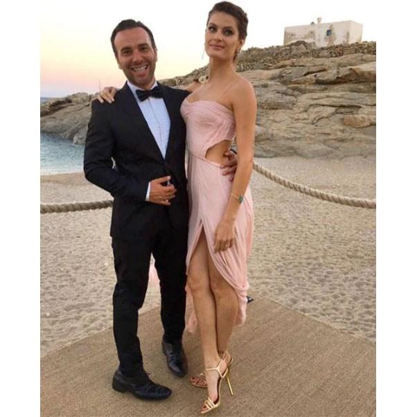 "Isabeli Fontana and Matheus Mazzafera<br><br> Instagram: <a href=""https://www.instagram.com/p/BHnZdQgAuoO/?taken-by=isabelifontana"">@isabelifontana</a>"