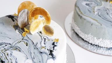 The Marble Cake Trend Is The Must Have For Your Wedding