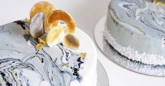 marble wedding cake trend