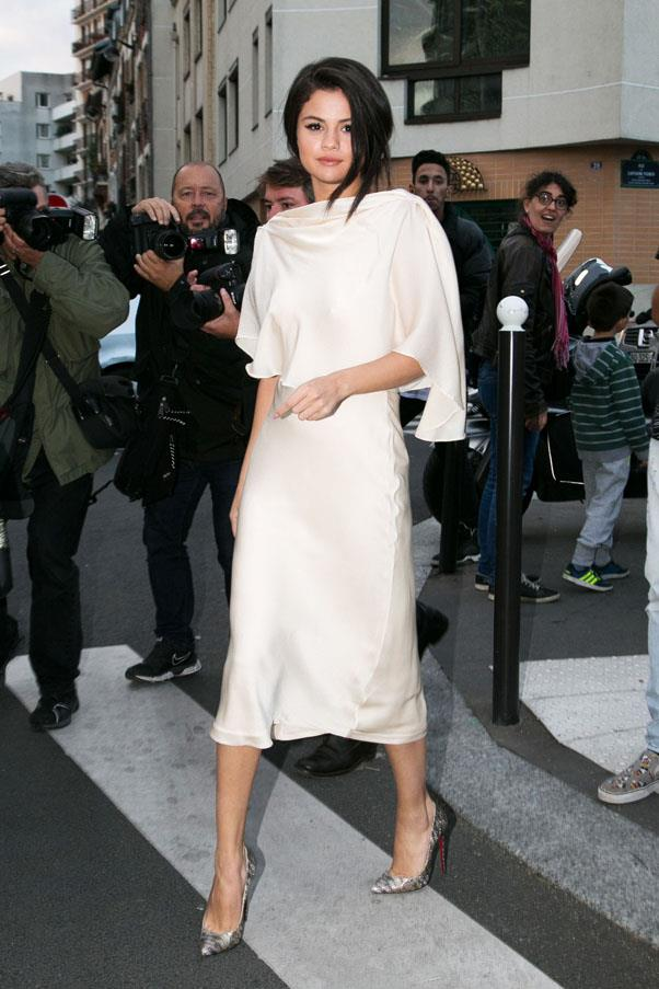 <strong>September 26, 2015</strong> <br><br> Wearing a Sybilla dress in Paris.
