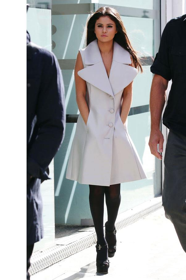 <strong>September 23, 2015</strong> <br><br> Gomez looks like a woman on a mission in Win Olford tights and Michael Kors shoes.