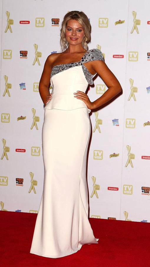 <strong>May 2, 2010</strong> <br><br> 52nd TV Week Logie Awards.