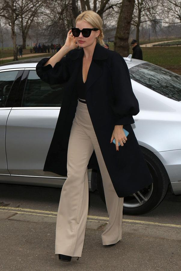 <strong>February 12, 2015</strong> <br><br> Sighted in London.