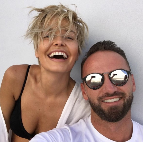 """<strong>Travis Balcke</strong> <br><br>Lara Worthington's mane man balances being a globally sought-after hairstylist with having the world's most enviable <a href=""""https://www.instagram.com/travisbalcke/?hl=en"""">Instagram account</a>. No mean feat. <br><br><strong>PRO TIP: </strong>""""I prep the hair with water. Wet that hair down and see what it wants to do."""" The <a href=""""http://www.harpersbazaar.com.au/beauty/beauty-news/2015/10/lara-worthington-hair-secrets/"""">famous """"Bingle bob""""</a> then only requires a light-hold setting spray and salt spray on the ends. Try Wella EIMI Ocean Spritz, $24.95, <a href=""""http://www.ry.com.au/wella-professional-dry-styling-ocean-spritz-beach-texture-spray-150ml.html"""">Ry</a>. <br><br><em>Pic: Instagram user <a href=""""https://www.instagram.com/laraworthington/?hl=en"""">@laraworthington</a></em>"""