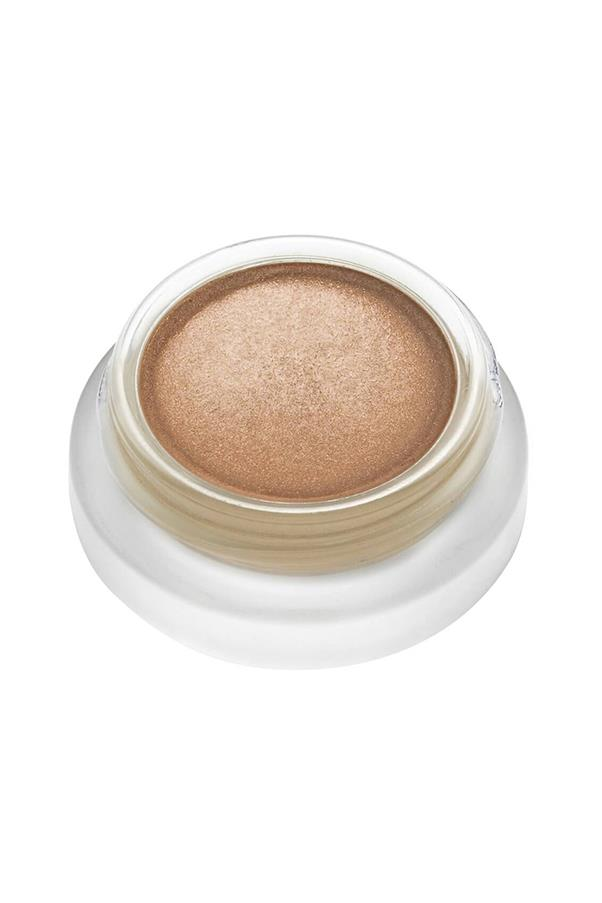 "<strong>7. RMS Beauty Master Mixer </strong> <br><br>Wear alone to master this season's rose gold smoky eye or unleash your inner master mixologist and layer over an existing fave to give an updated texture, finish and colour. <em><br><br>RMS Beauty Master Mixer, $57, Mecca Cosmetica<a href=""http://mecca.com.au/rms-beauty/master-mixer/I-023983.html""> </a></em>"