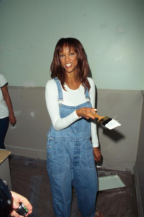 <strong>Denim overalls + white tee</strong><br><br> Tyra Banks, 1997<br><br>