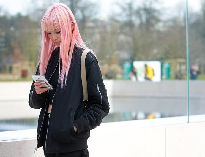 Fernanda Ly pink hair how to