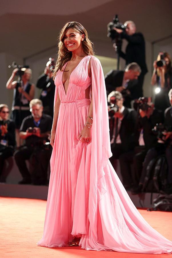 Belen Rodriguez at the premiere of <em>Arrival</em>