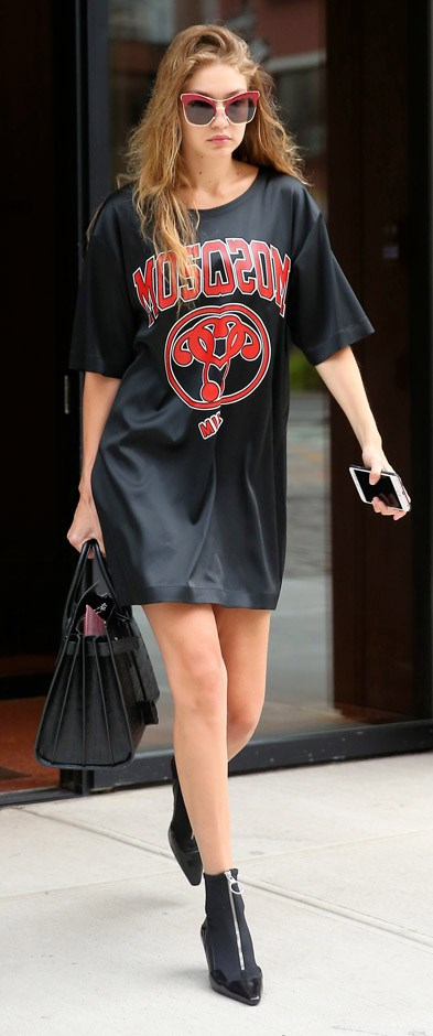 What's cooler than a band tee? An oversized (Moschino) band tee worn as dress. Gigi knows what's up.
