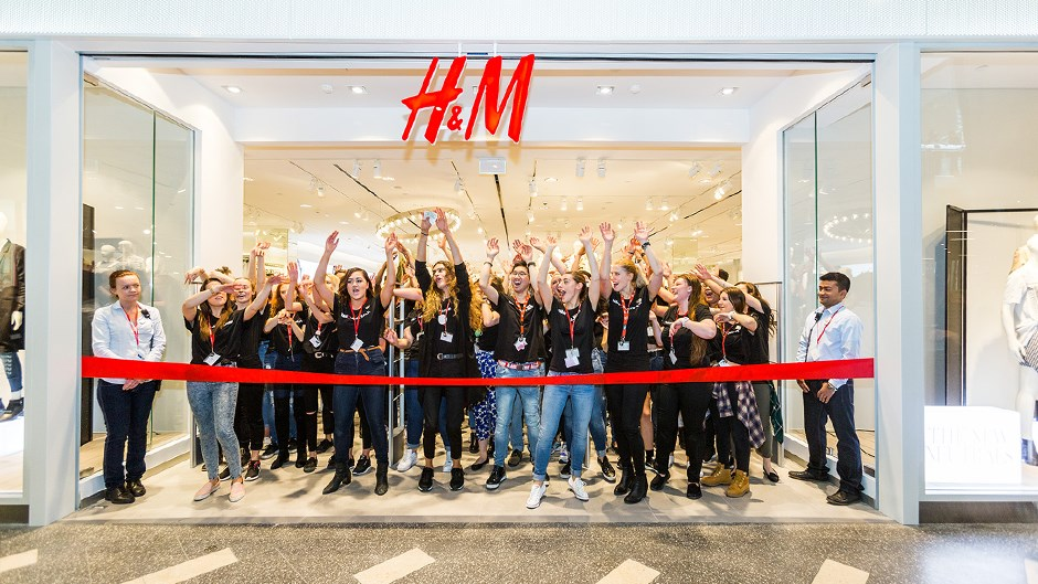 H&M in New York City, New York: complete list of store locations, hours, holiday hours, phone numbers, and services. Find H&M location near you.