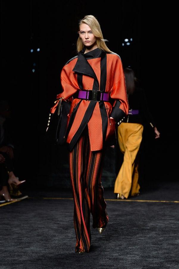 <strong>2. Karlie Kloss: The Panther</strong> <br><br> <em>Carolina Herrera Autumn 2015</em>