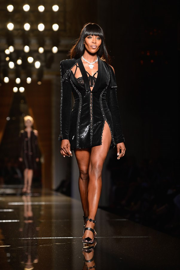 <strong>4. Naomi Campbell: The Strut</strong> <br><br> <em>Fashion for Relief NYFW, Autumn 2010</em>