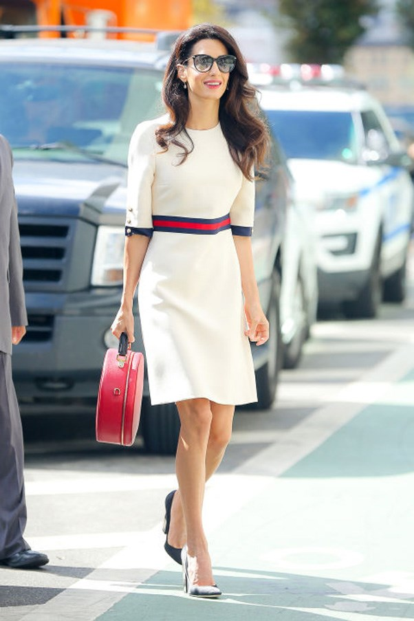 <strong>What: </strong>A belted white dress, circle handbag, black pumps and oversized sunglasses <br><br> <strong>When:</strong> September 17, 2016 <br><br> <strong>Where:</strong> Women in the World reception hosted by the U.N.