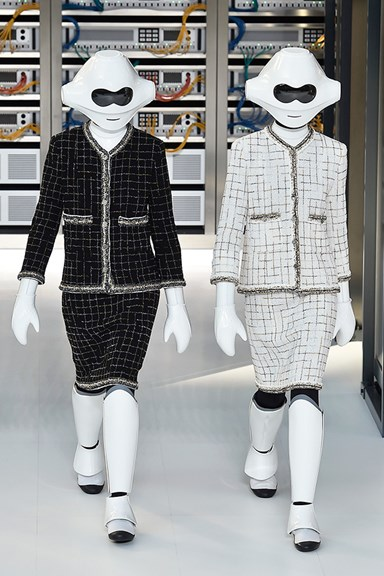 Karl Lagerfeld Sends Robots Down the Runway at Chanel