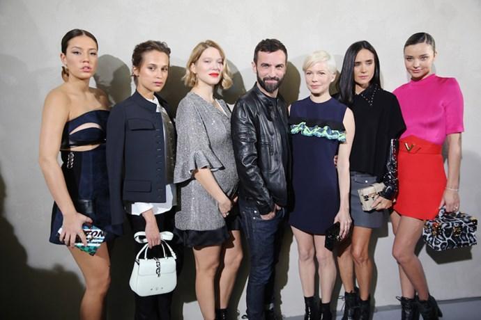 Nicolas Ghesquiere drew a stellar front row crowd for Louis Vuitton's spring/summer 2017 Paris fashion week show. Let's take a gander, shall we?