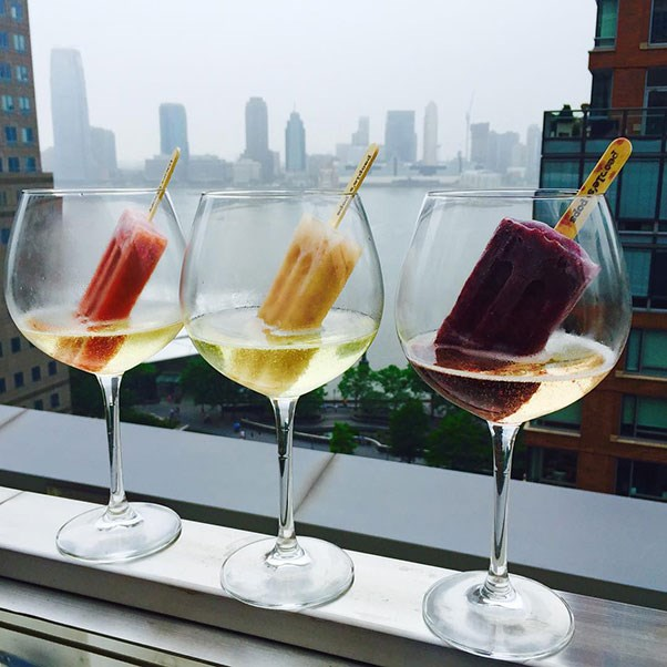 <strong>Loopy Doopy Rooftop Bar</strong> <br><br> In New York, as in many places, the phrase 'you gotta get a gimmick' rings loud and true. For Loopy Doopy Rooftop Bar, their answer is ice pops and Prosecco. Or rather, ice pops in Prosecco. No better way is there to enjoy a cool treat and a glass of bubbly than here, on the roof of the Conrad hotel, overlooking the Hudson River. Obviously, this is a seasonal opportunity, as winter snow would put a damper on the fun.